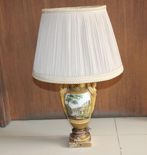 Настольная лампа. Фарфор, бронза. старая Европа.