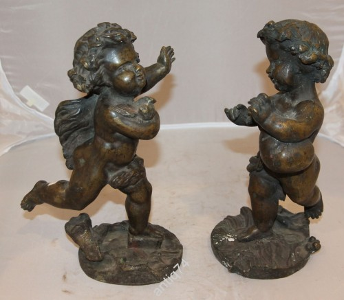 Парные фигуры бронзовых Путти