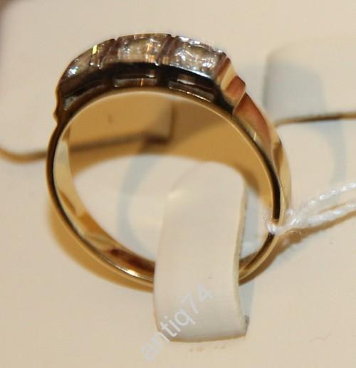 Кольцо с фианитами. Золото 750 проба