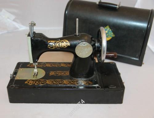 Детская швейная машинка. Автоприбор. г.Владимир