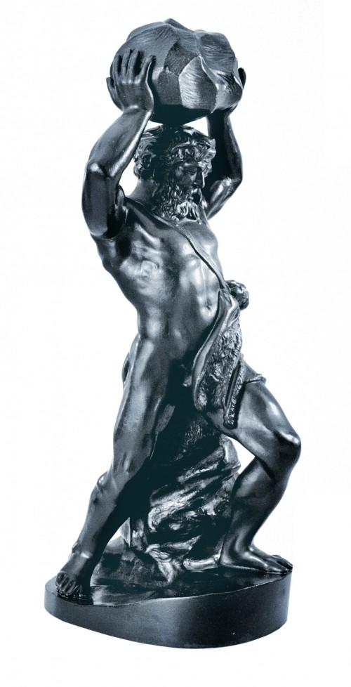 Геракл с камнем. Касли