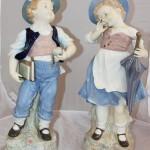 Огромные парные статуэтки. Грифенталь. Германия. Мальчик и девочка