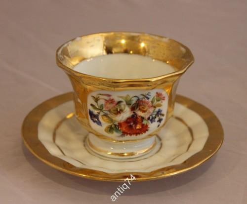 Красивая чайная пара. Золото, роспись