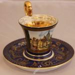 Чайная, кофейная пара с архитектурным сюжетом. Золото, роспись