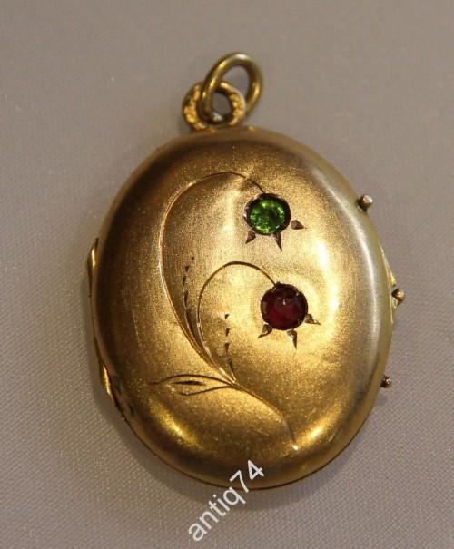 Медальон с фотографиями. Золото 56 проба