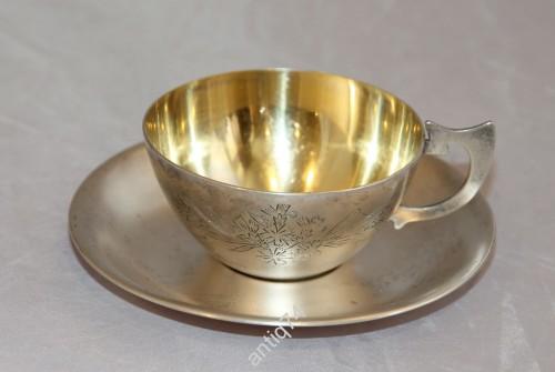 Чайная чашка с блюдцем. Серебро. 875 пр