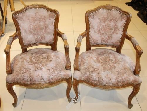 Гостиный гарнитур. Два кресла и диван.