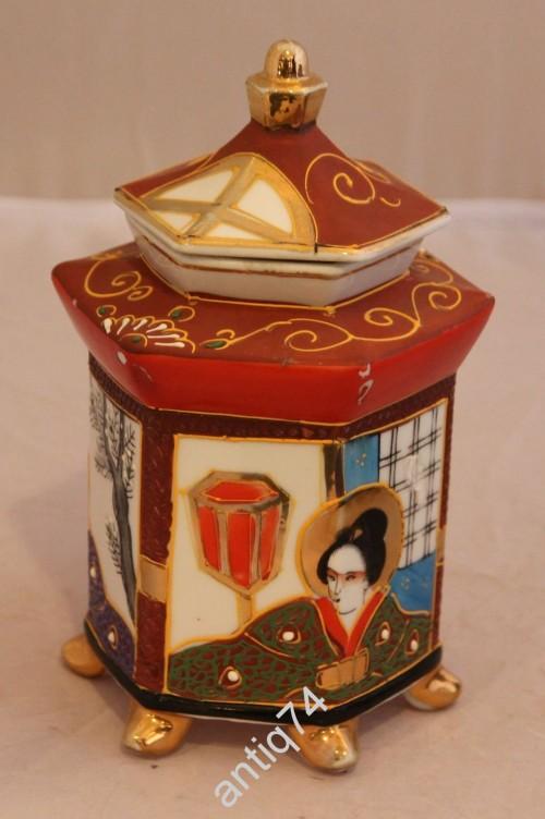 Чайница с гейшами. Япония