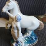 фарфор Колхозница с лошадью. Гжель