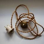 Красивый шнур с выключателем и вилкой на антикварную лампу