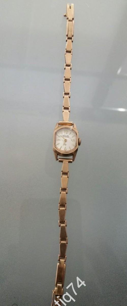 Часы женские Слава. Золото 583 проба.