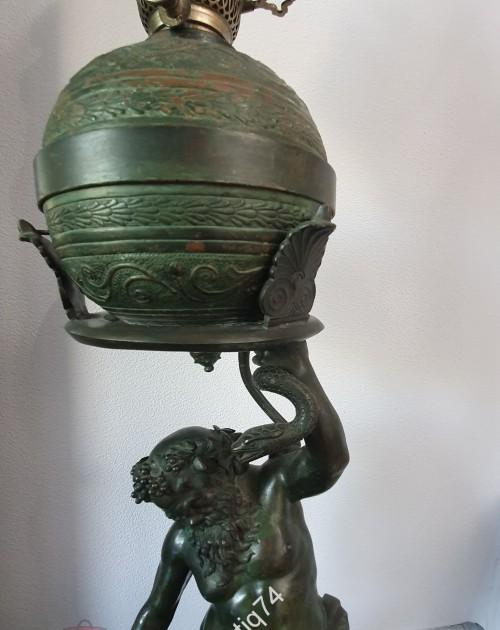 Огромная керосиновая лампа. Бахус. Бронза. Италия. 1870-1890-е годы