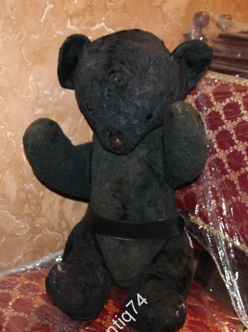 Огромный медведь с опилками