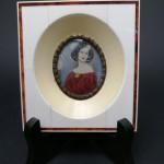 Миниатюра на кости «Портрет девушки»