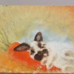 Картина. Кролик, заяц с морковкой. Подпись