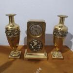 Каминный набор. Часы и вазы
