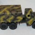 грузовик Урал хаки. Моделька. 1:43