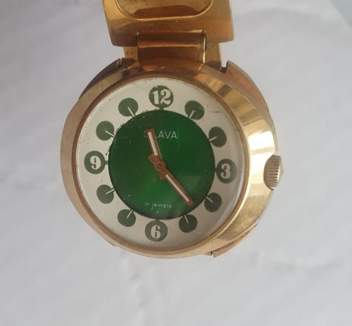 Часы наручные Слава. Позолота Ау10. На ходу