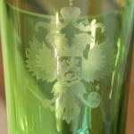 Фужер, бокал большой, с царским гербом. Цветное стекло.