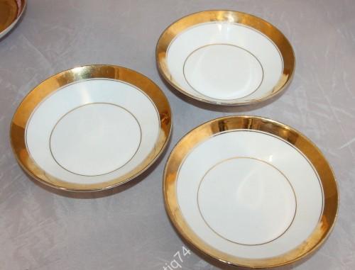 Три пирожковые тарелки. Кузнецов. Целые