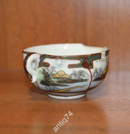 Чашка для сакэ с изображением пагод. Китай, Япония. Рубеж 19 - 20 века