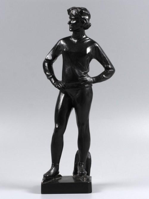 Очень редкая фигура. Конькобежка. Чугун, литье. Касли 1966 г. Высота 37 см.